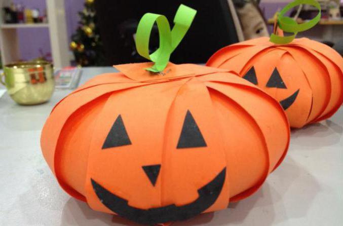 Тыква на хэллоуин из бумаги фото
