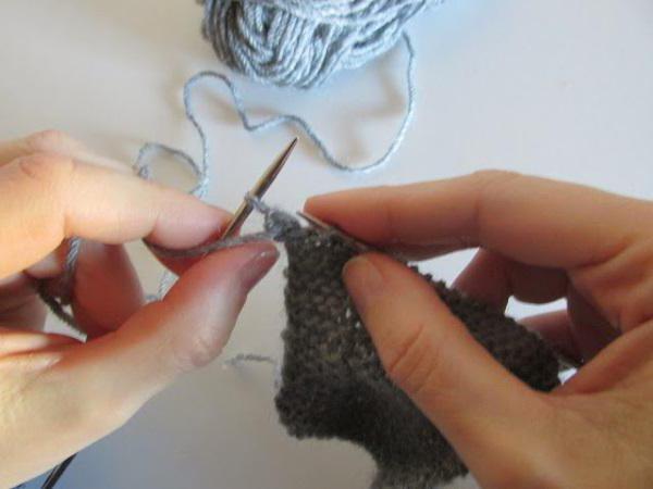 ажурный свитер для девочки спицами