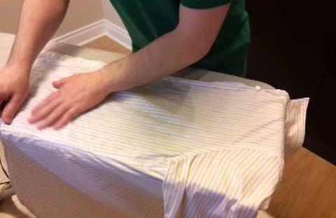 как гладить белую рубашку с длинным рукавом