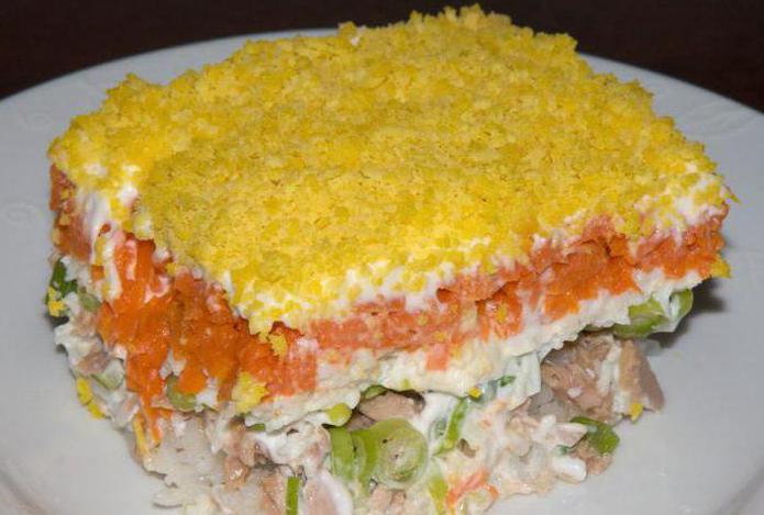 рецепт салата с плавленным сыром и чесноком