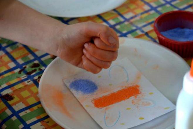 Как покрасить манку для поделок гуашью 74