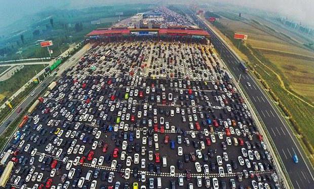 самая большая пробка в мире Китай