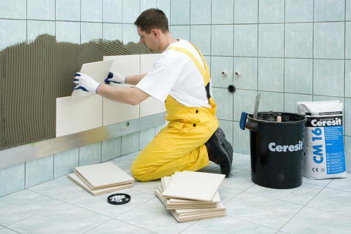 как клеить плитку на плитку в ванной на пол