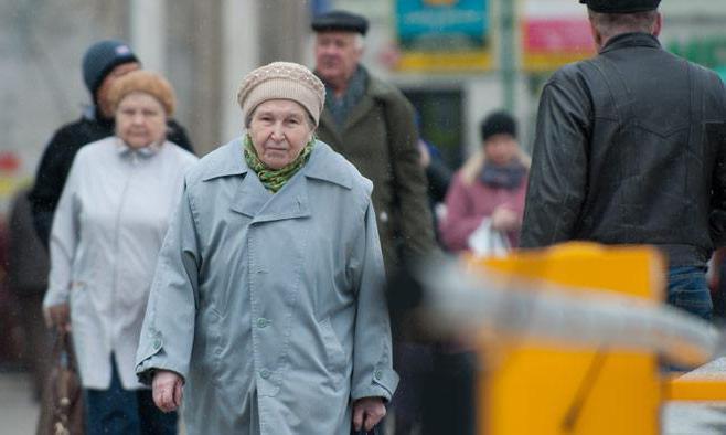 низкий уровень жизни в россии причины