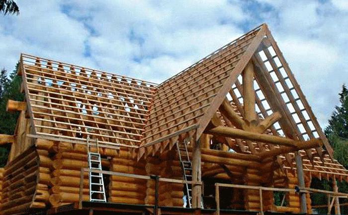 двускатная крыша пристройки к дому
