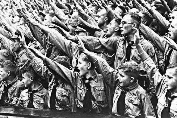 тоталитарное общество