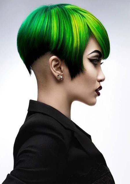 цветное омбре на темные короткие волосы