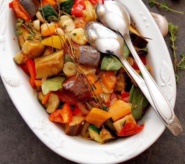 сколько калорий в рагу овощном без мяса
