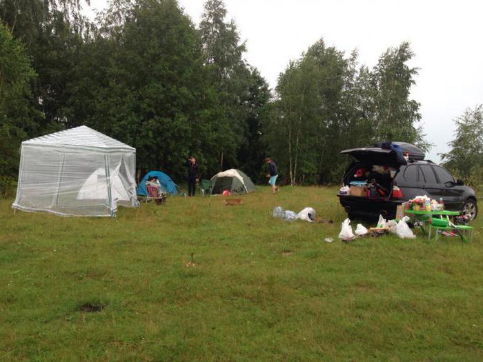 С палатками на рыбалку на водохранилище