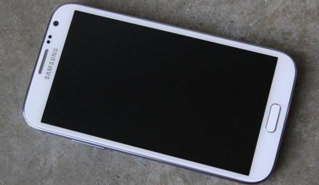 фото сенсорні беушні телефони