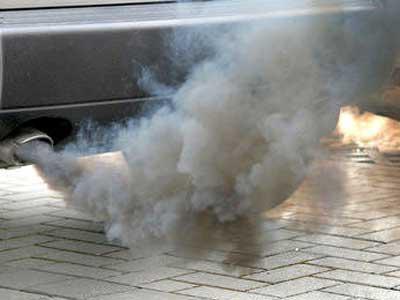 двигатель дымит белым дымом