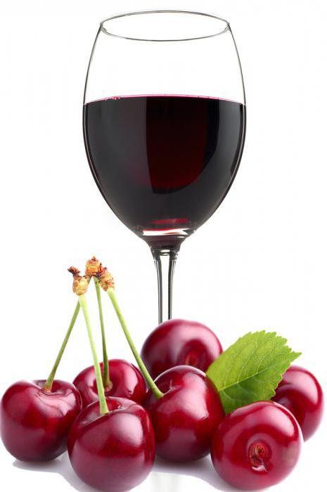 Домашнее вино на вишне