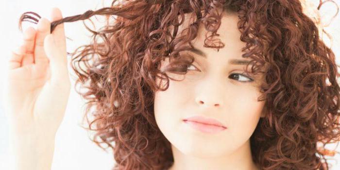 Прически на средние волосы на пушистые волосы