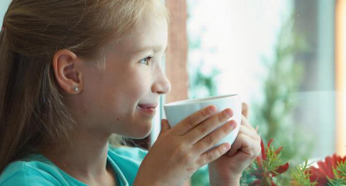 Когда ребенку можно давать чай