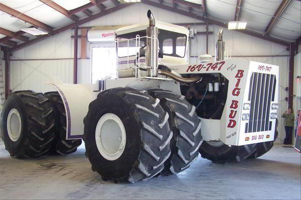 трактор для фермера
