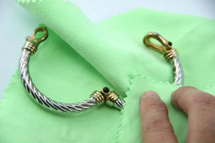 правила чистки серебряных украшений с камнями