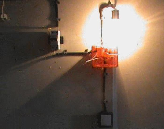 схема подключения выключателя одноклавишного