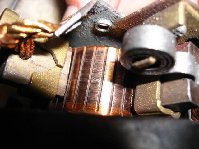 поменять щетки снимая генератор