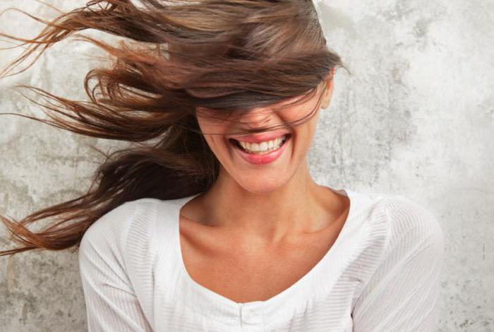 как пользоваться муссом для укладки волос