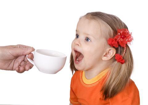 с какого возраста можно давать детям чай каркаде