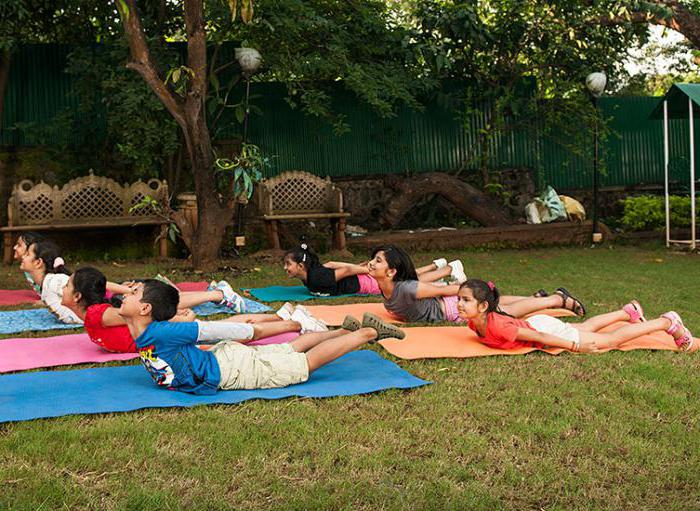 физические упражнения для детей для правильной осанки
