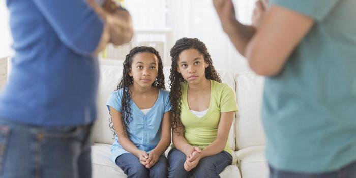 кому при разводе достается ребенок