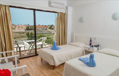 Sveltos Hotel Кипр