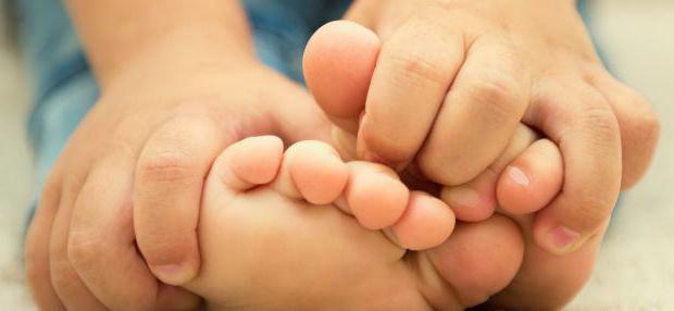 слоятся ногти у детей