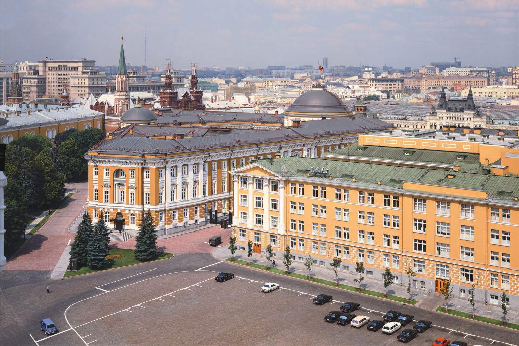 Вид на Ивановскую площадь