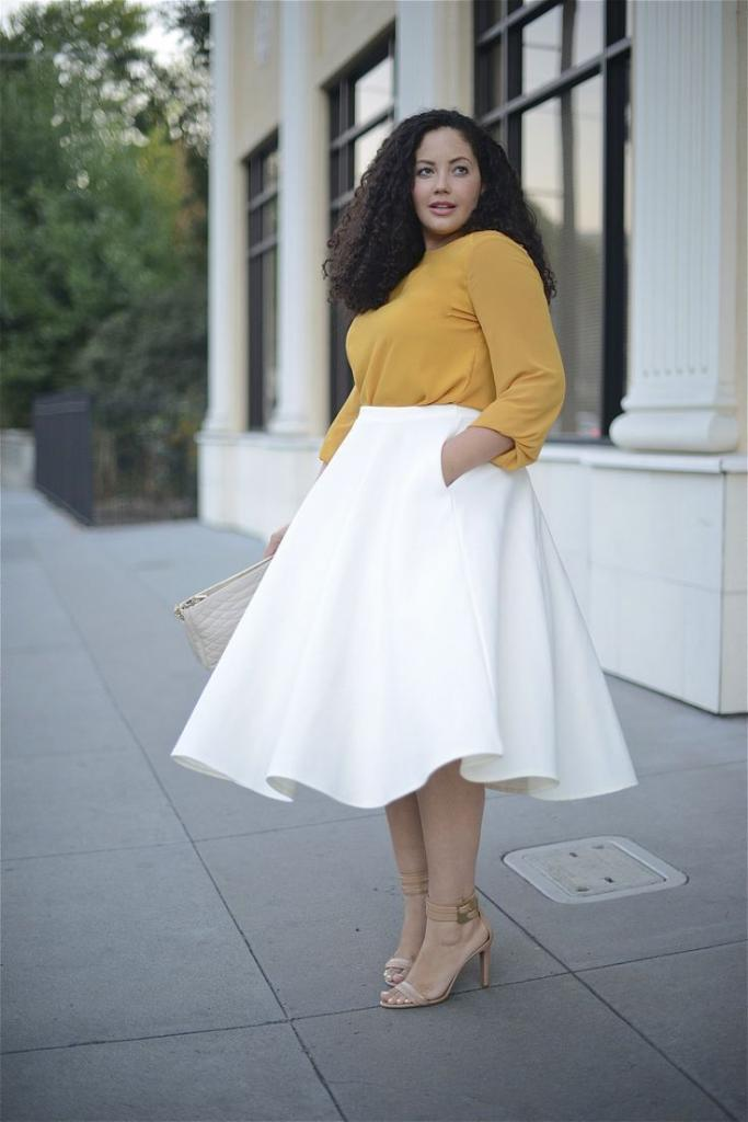 Платье длины миди с юбкой солнцем