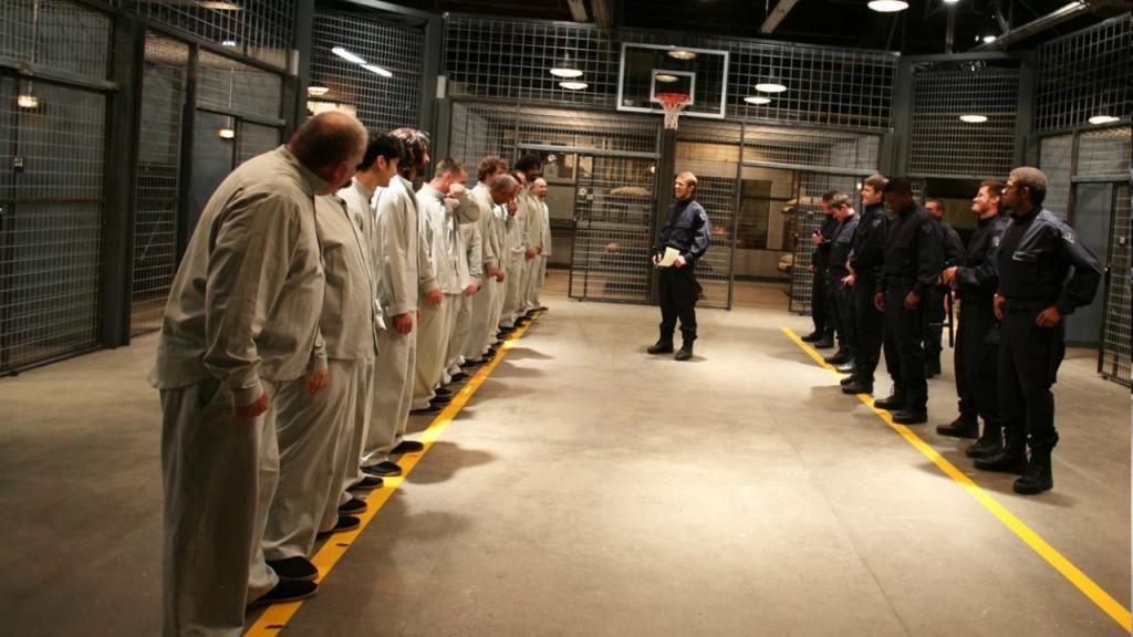 Охранники и заключенные