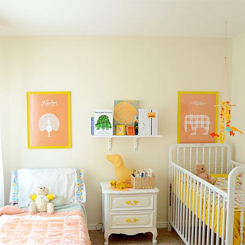 Детская комната для мальчиков разного возраста