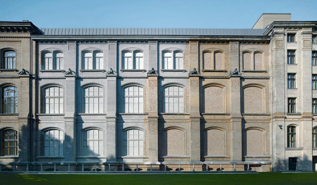 Классический ризалит в архитектуре