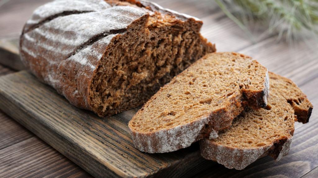 калорийность хлеба белый черный