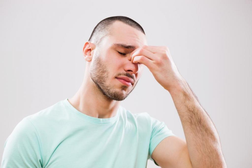 как отличить гайморит от насморка у взрослых