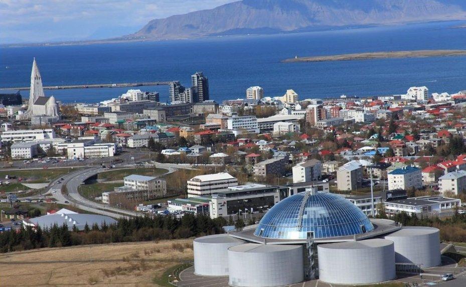 Вид на город Рейкьявик