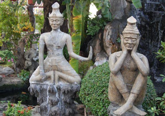 Где находится храм Лежащего Будды в Бангкоке