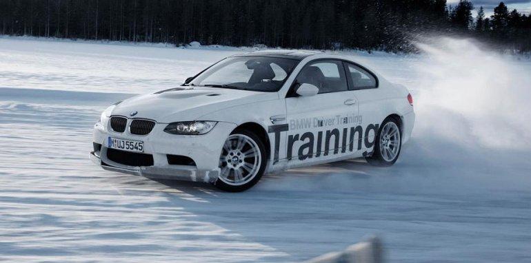 Автолюбители с большим энтузиазмом отнеслись к созданию системы регулировки управления рулем и ходовой частью