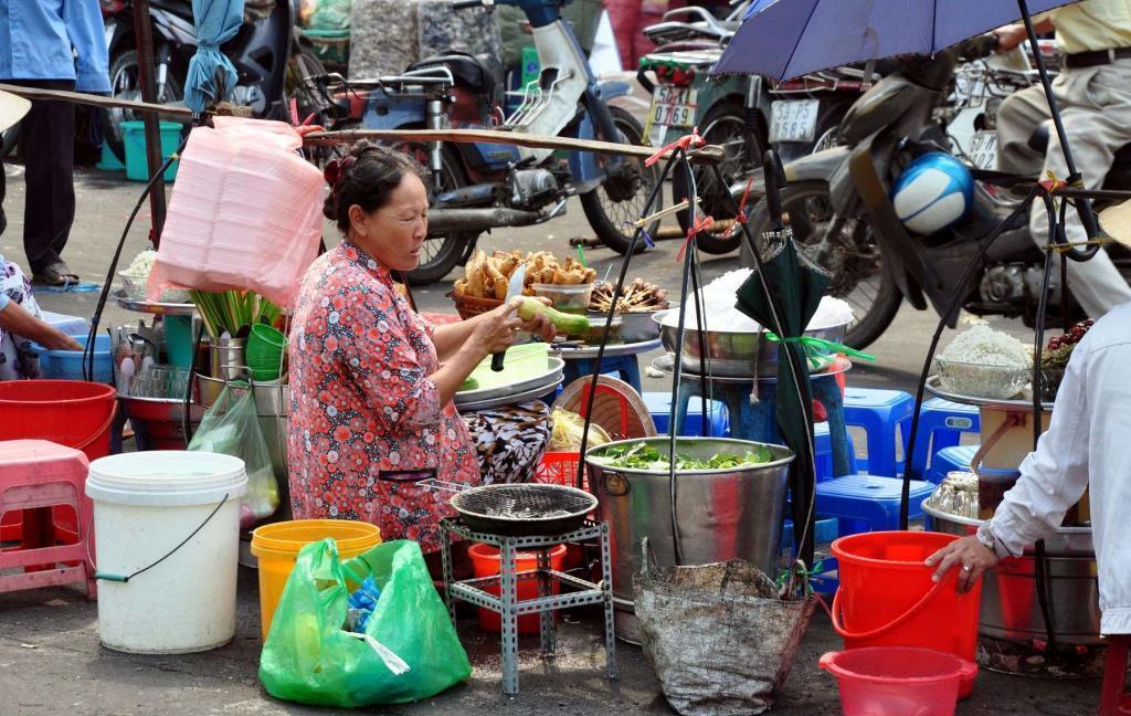 Уличная еда Вьетнам