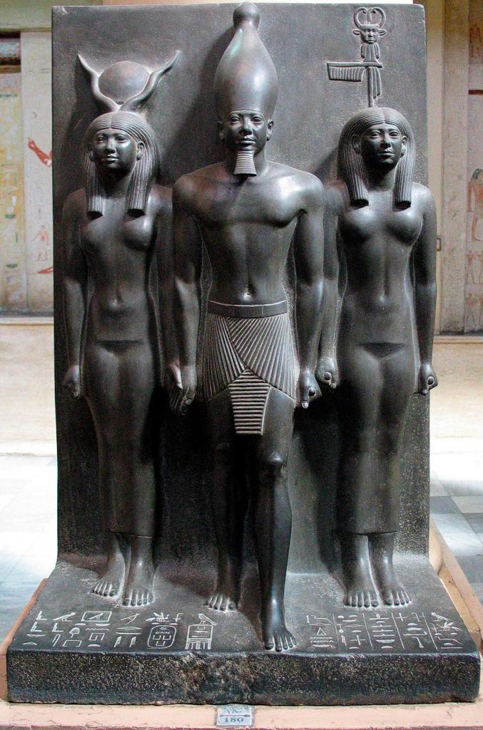 Микерин и 2 богини