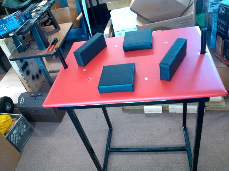 стол для борьбы
