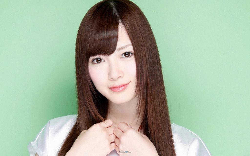 Красивый взгляд японской девушки.