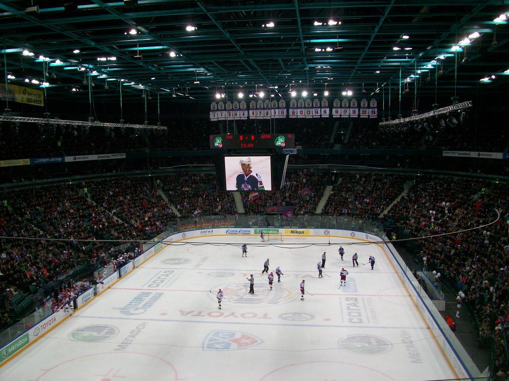Хоккей в Ледовом дворце СПб