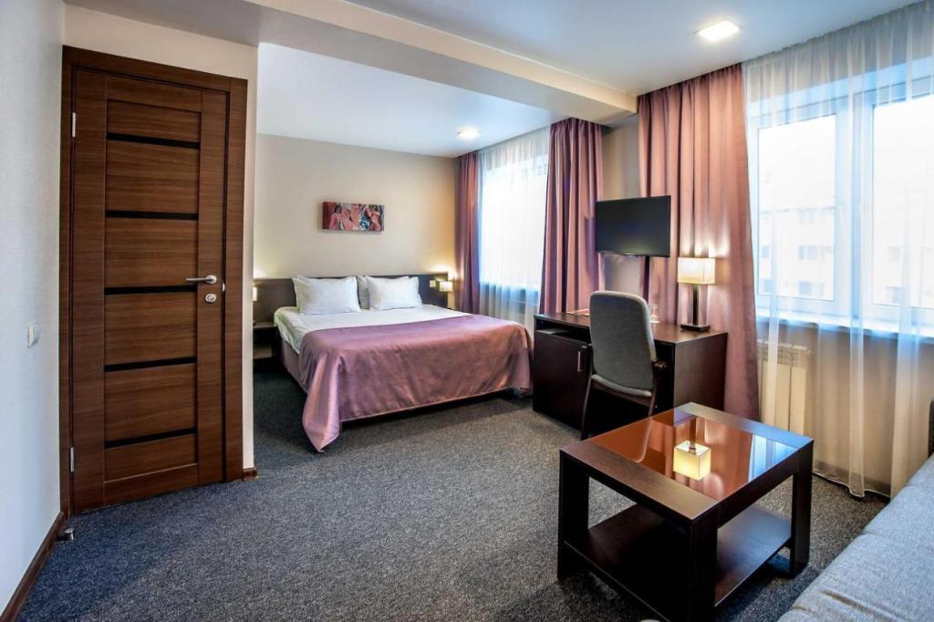 спальня и зона для отдыха