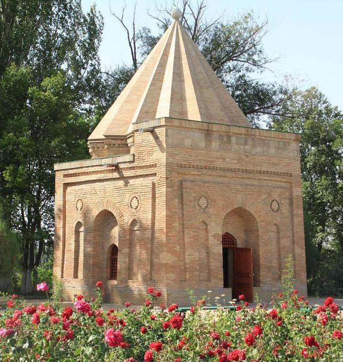 Мавзолей Бабаджа Хатун