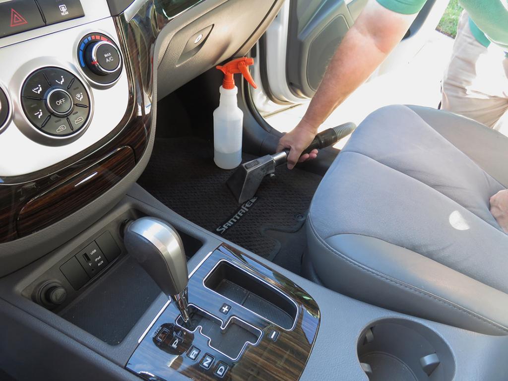 Химия для чистки авто