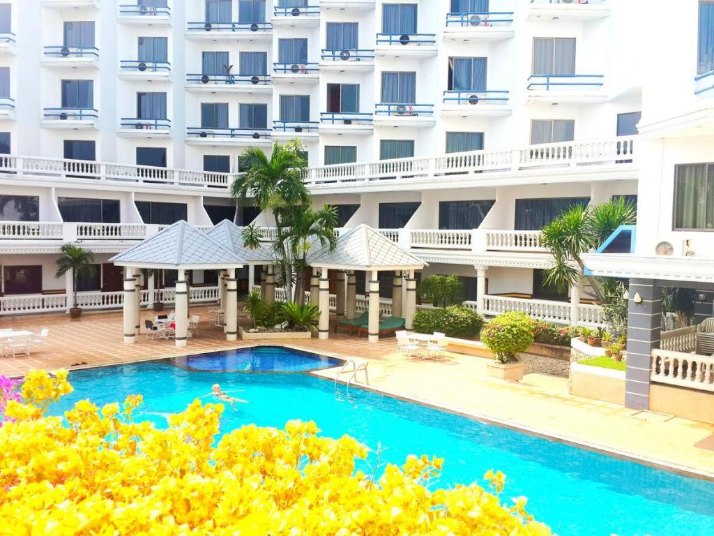 Caesar Palace Hotel 3*
