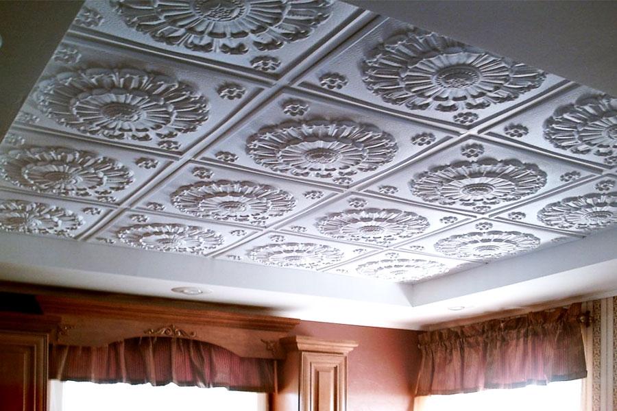 Фото клеевого потолка