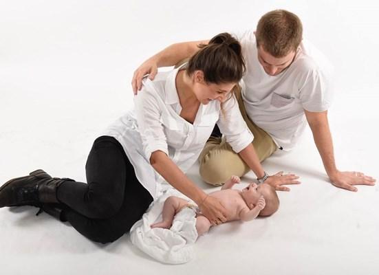 Новорожденный с родителями