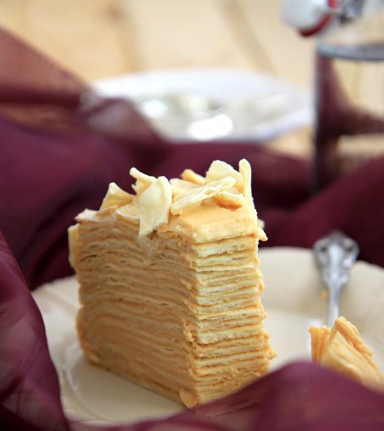быстрый торт на сковородке со сгущенкой